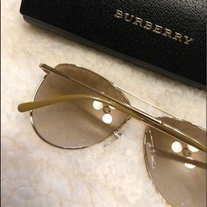 7c4e95b7cfd3 Burberry Accessories - Burberry 3072 Gold Aviator Sunglasses Plaid Lenses